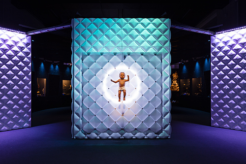 cmrubinworld_Entrance to the Robots exhibition © Plastiques Photography, courtesy of the Science Museum(500)